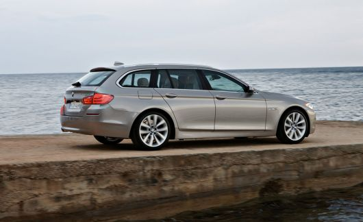 bmw 5 series touring 1 11