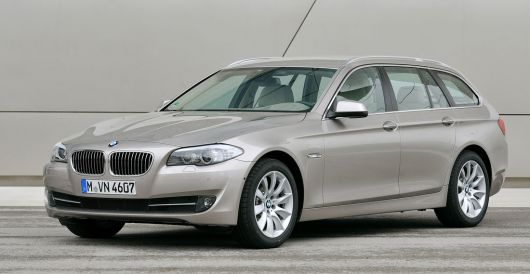 bmw 5 series touring 3 11