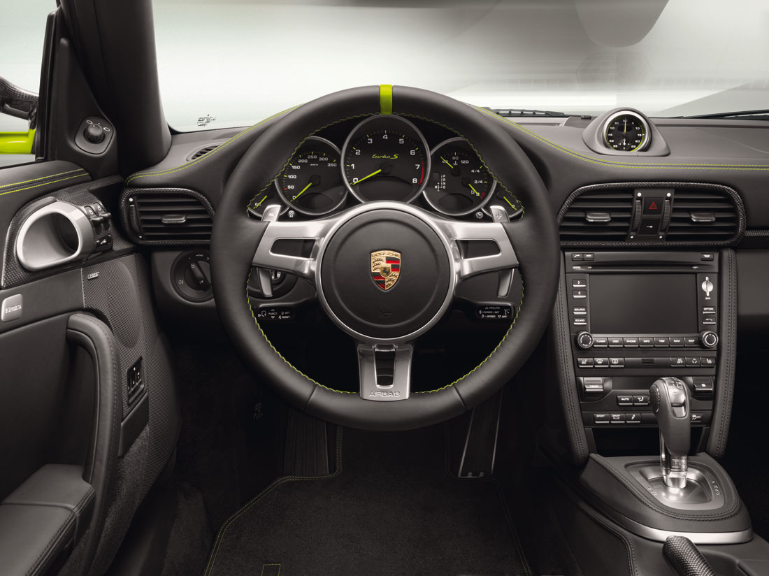 Porsche 911 Turbo S Edition 918 Spyder Coupe 2011 Cartype