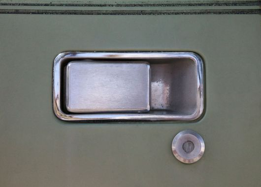 amc gremlin door handle 73