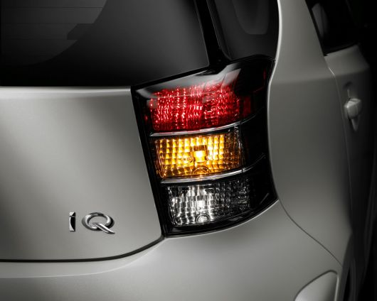 scion iq 12 09