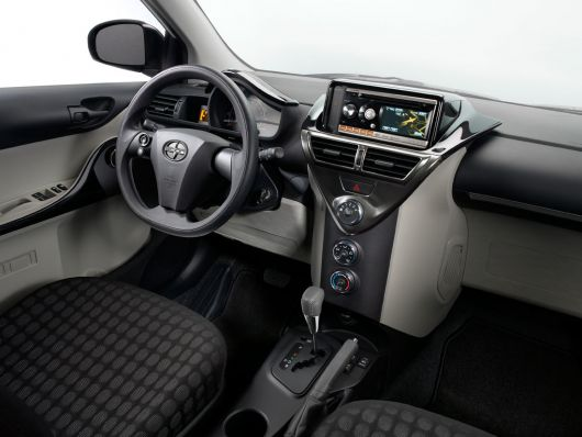 scion iq in 12 01
