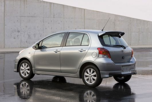 toyota yaris s 5 door hatchback 11 02