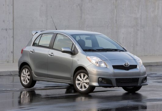 toyota yaris s 5 door hatchback 11 04