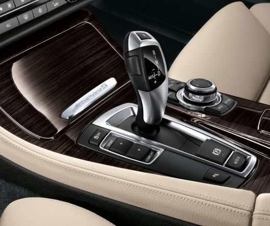 bmw active hybrid 5 in 12 02