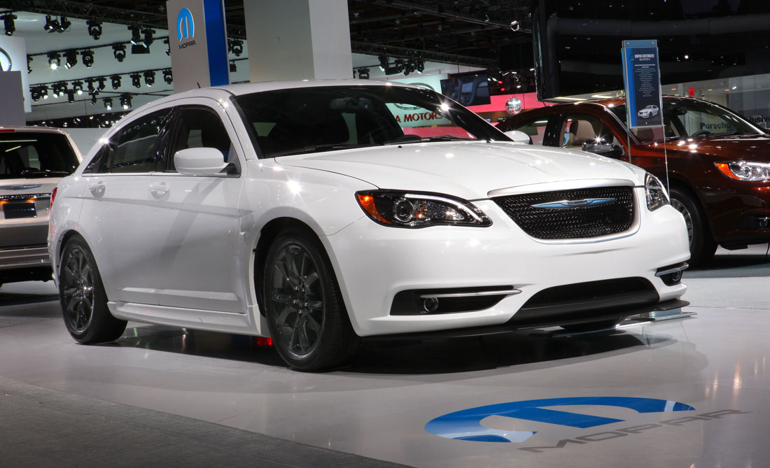 chrysler 200 2013 white. chrysler 200 super s 12 03 2013 white