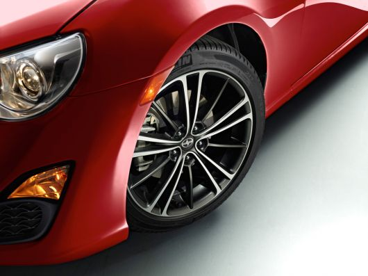 scion fr s sports coupe 13 06