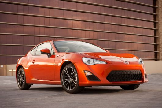 scion fr s sports coupe 13 08