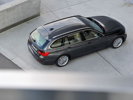 bmw 328i sports wagon 13 09