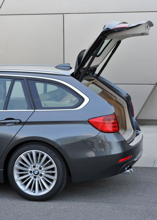 bmw 328i sports wagon 13 23