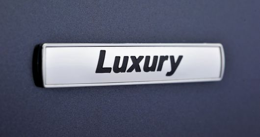 bmw 328i sports wagon luxury emblem 13