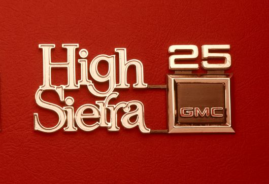 gmc high sierra 25 emblem 70