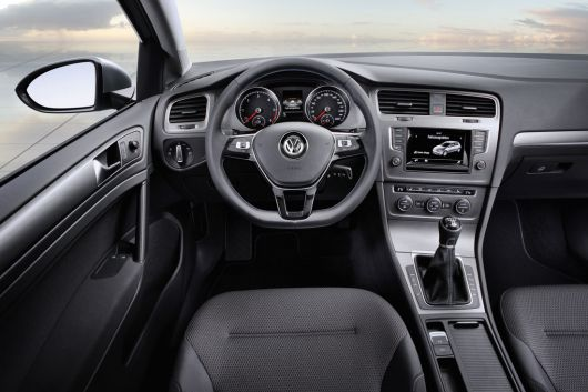 vw golf bluemotion in1 12