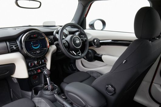 mini cooper s 5 door in 15 01