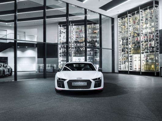 audi r8 v10 plus selection 24 16 02