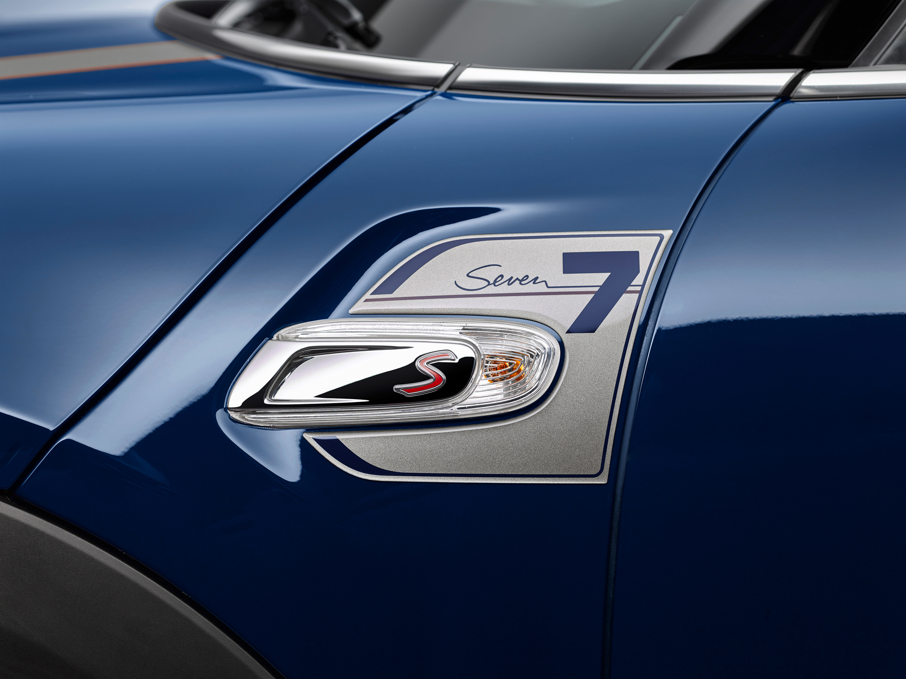 Mini related emblems | Cartype