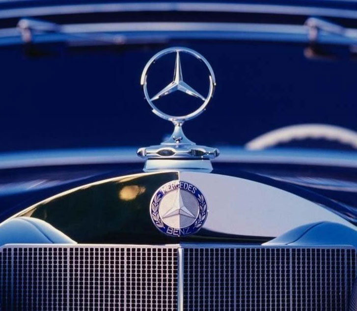 Mercedes benz related hood ornaments cartype for Mercedes benz hood ornament