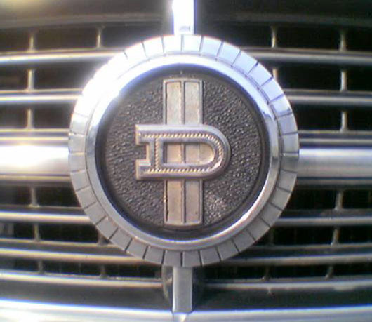 Datsun related emblems | Cartype