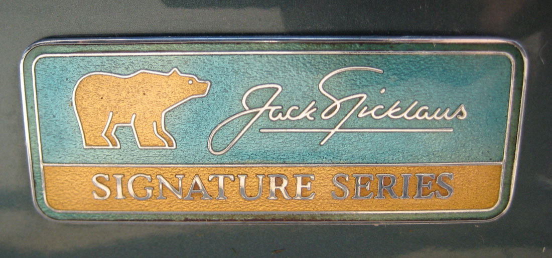 - jack-nicklaus_sig-series_lincol_towncar_s-1