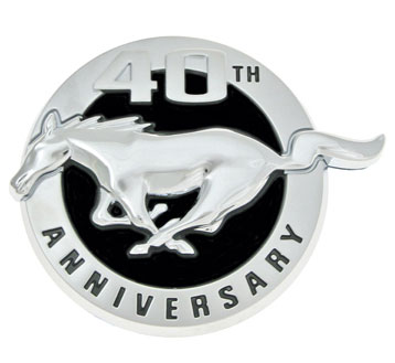 40th annv ford mustang emblem