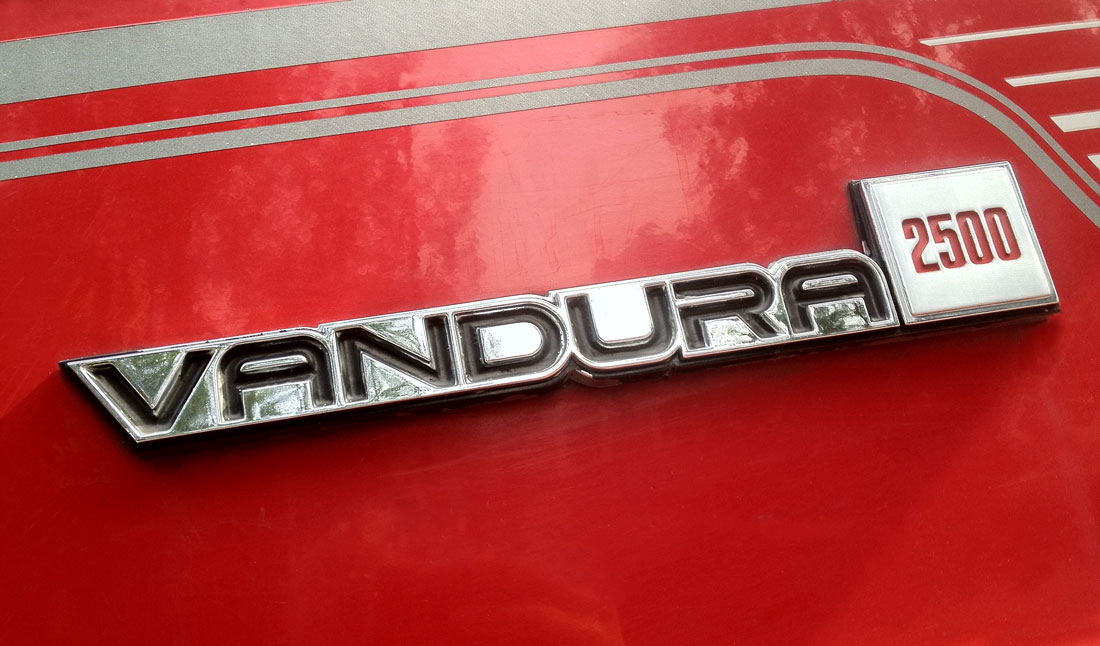 Used Yukon Denali >> GMC related emblems | Cartype