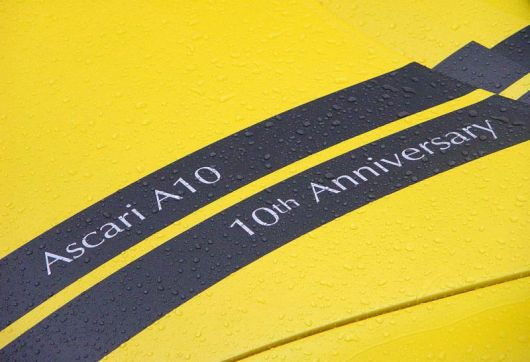 ascari a10 stripes