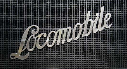 locomobile emblem