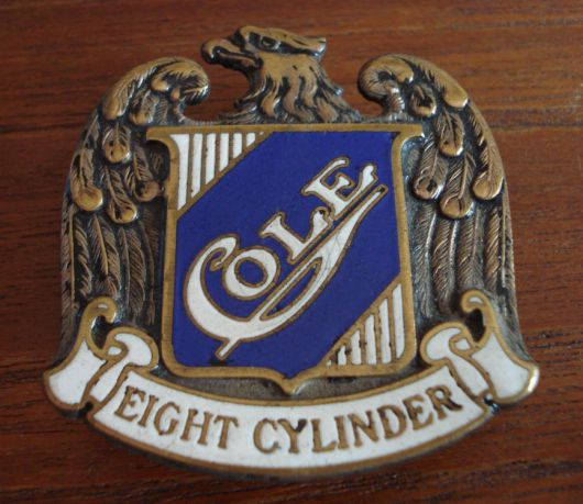 cole eight cylinder emblem