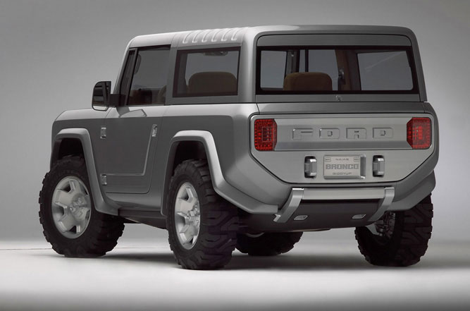 Ford Bronco : 2004