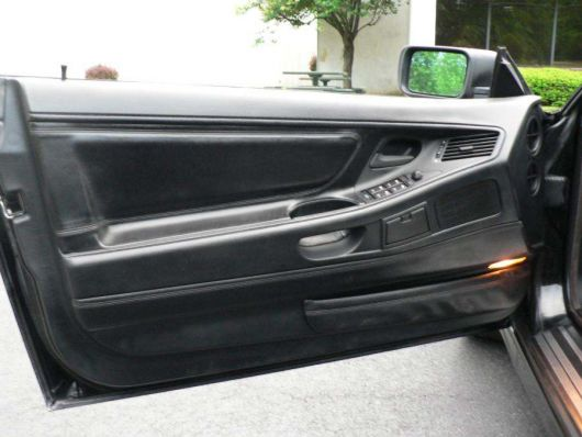 bmw 8series door1