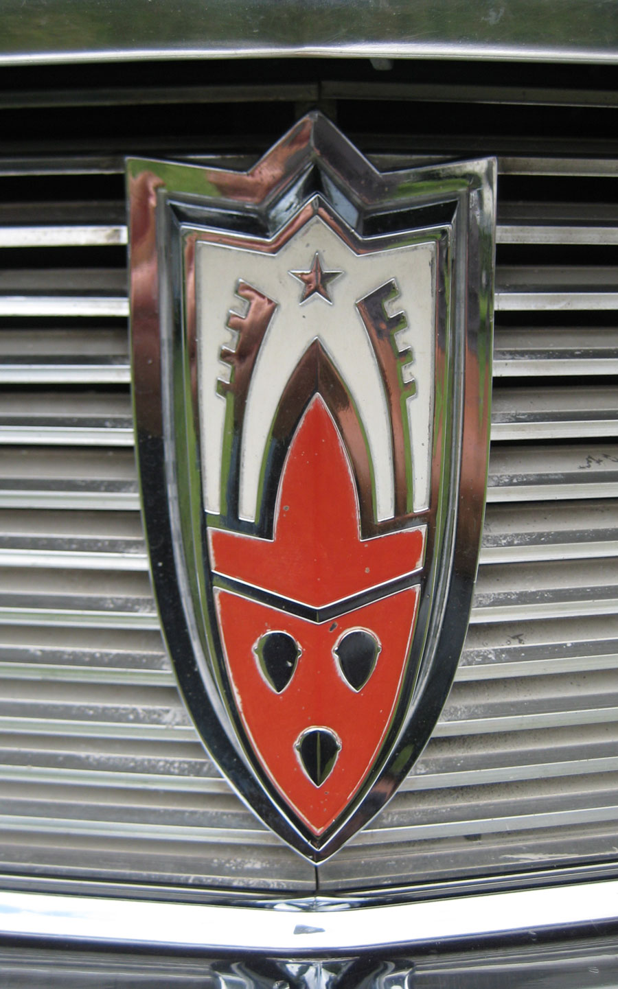 Town And Country Auto >> Shield and Crest emblems   Cartype