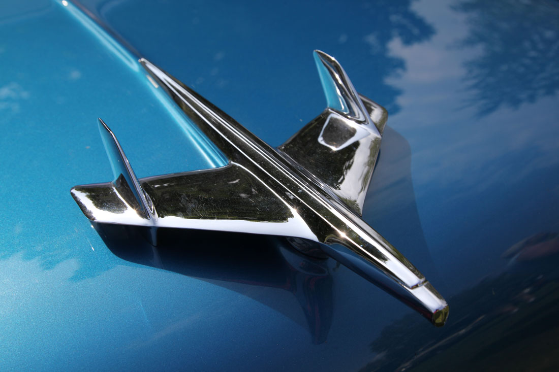 Sport Cars Emblems >> Chevrolet related hood ornaments   Cartype
