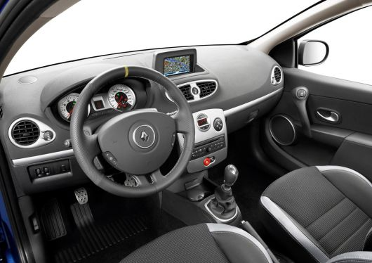 renault clio gt in 09