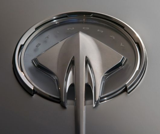 chevrolet corvette stingray emblem 09
