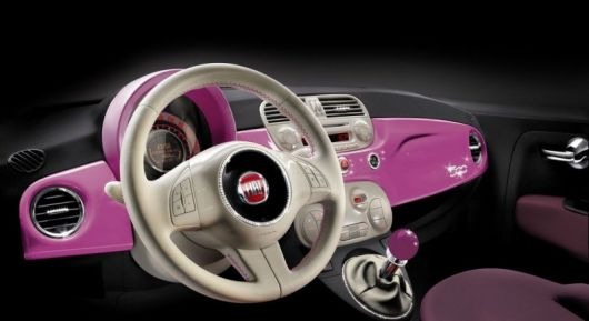 2009 Fiat 500 Birthday Gift for Barbie Dashboard