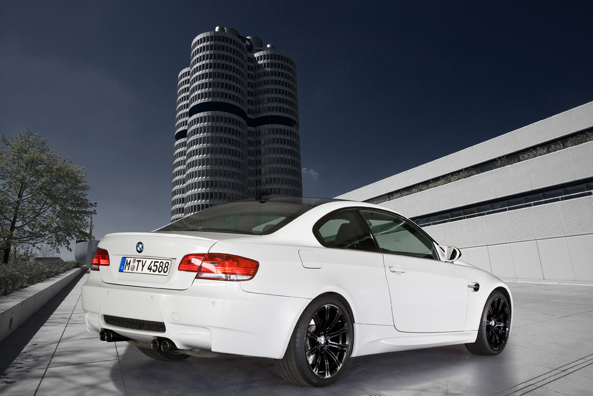 Hqdefault also Marpat Desert Pattern likewise D A Ab in addition Bmw M Cabriolet E additionally E Innenraum. on 2010 bmw m3
