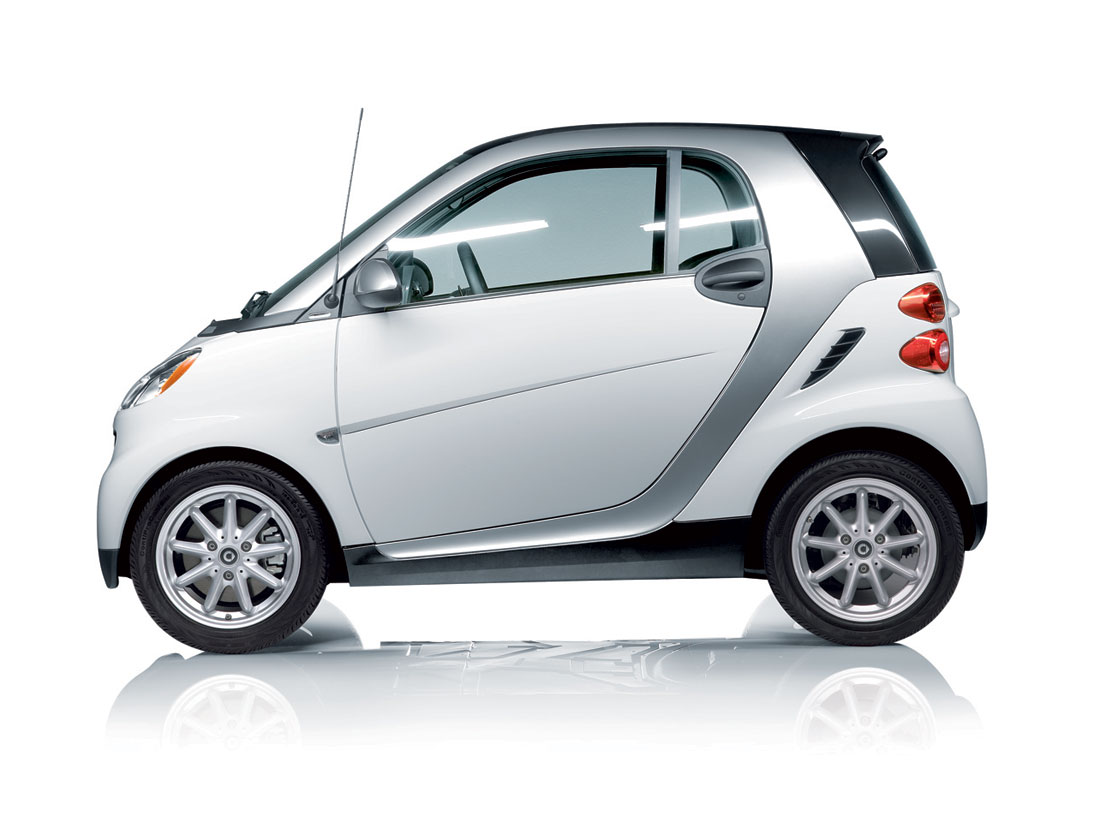 smart fortwo earns iihs strongest roof rating cartype. Black Bedroom Furniture Sets. Home Design Ideas