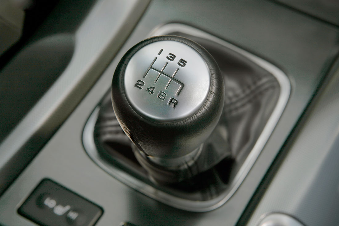 Acura Adds Performance Oriented Manual Transmission Model To 2010 Tl Lineup