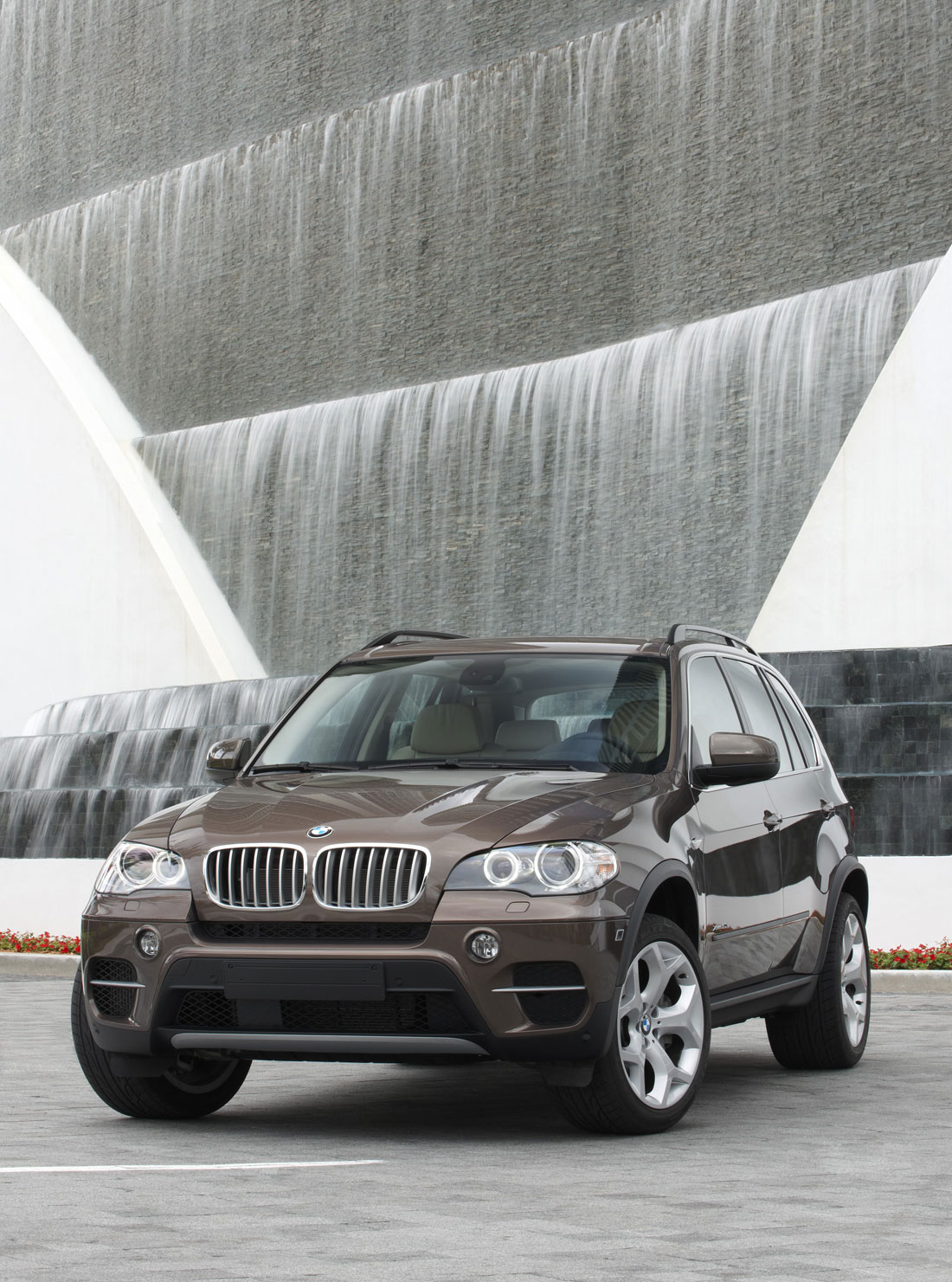 BMW X5 2002 auto Breaking for parts Essence 4.4 L Sport