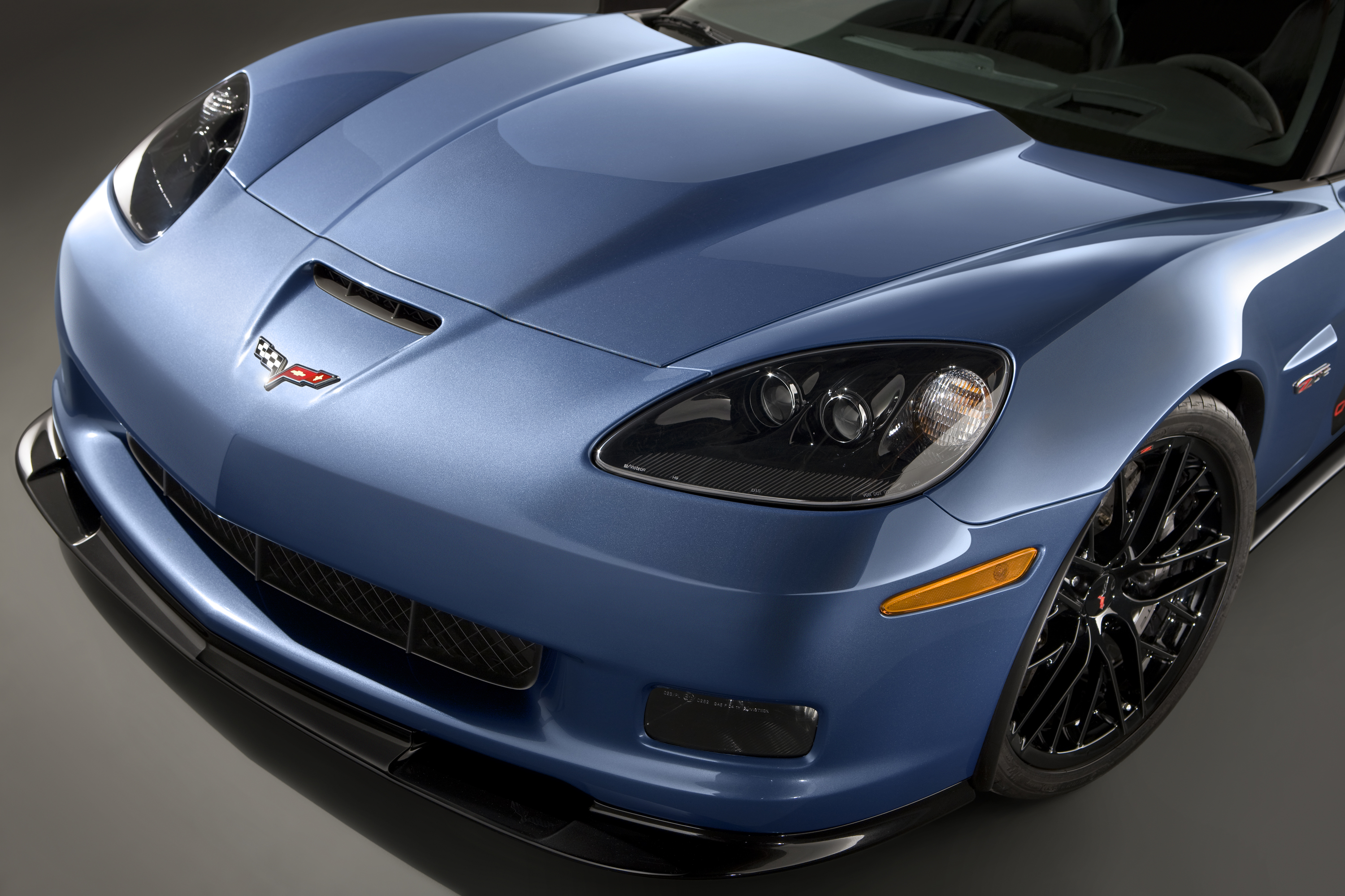 Chevrolet to auction first retail Corvette Z06 Carbon at Barrett-Jackson | Cartype