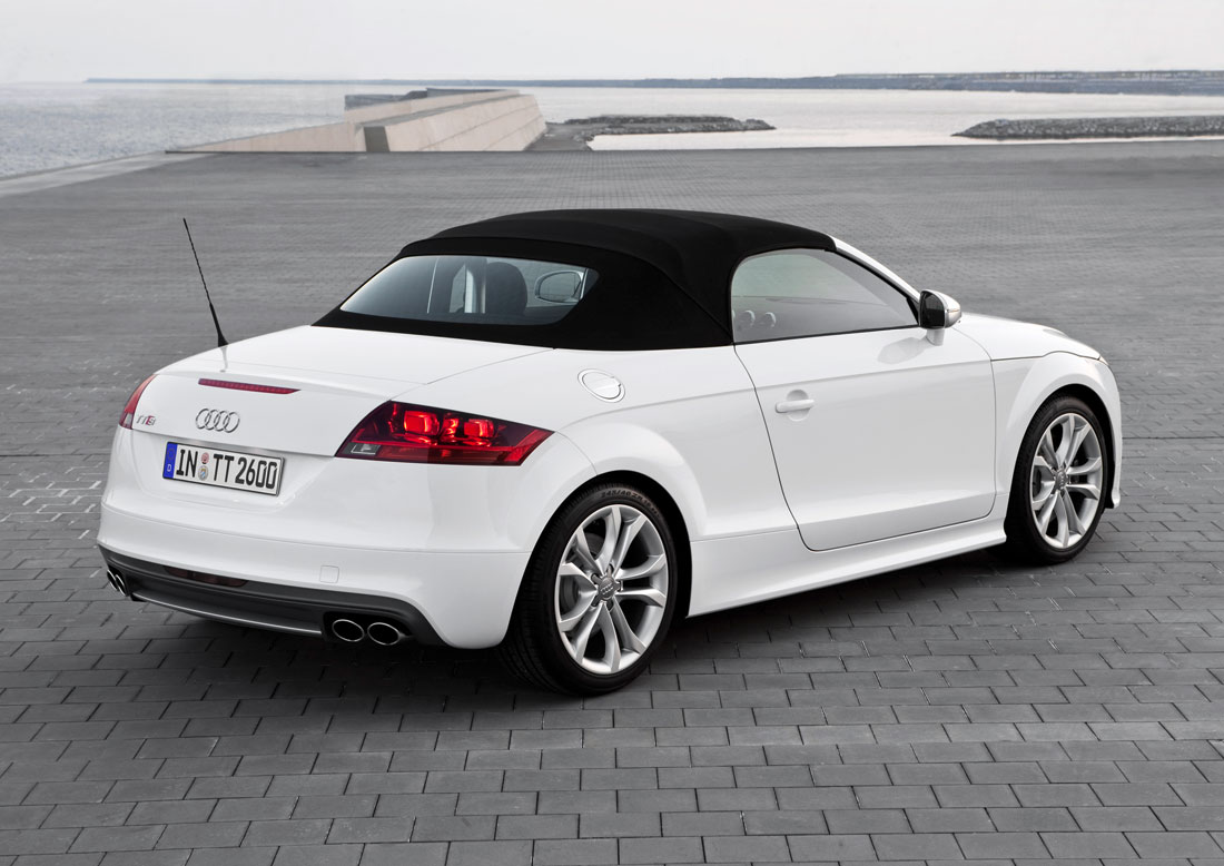 audi tts roadster 2011 cartype. Black Bedroom Furniture Sets. Home Design Ideas