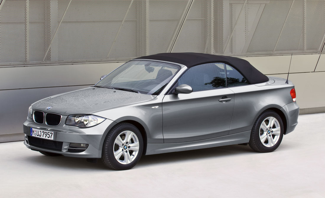bmw 1 series convertible 2010 cartype. Black Bedroom Furniture Sets. Home Design Ideas