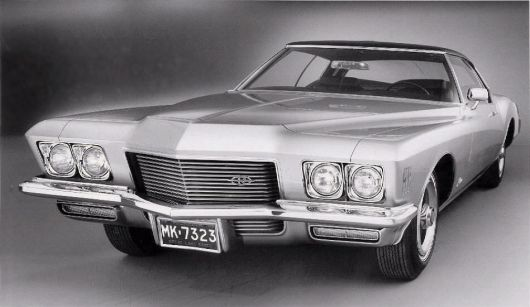 buick riviera sport coupe front 71