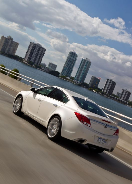 buick regal gs 12 06