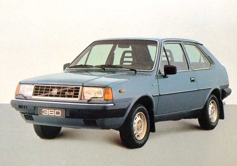 1982 Volvo 360 GLB 3-door hatchback.
