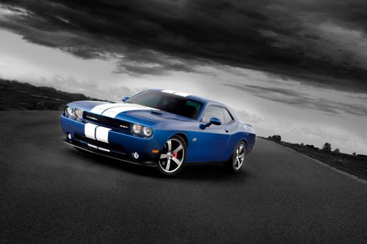 dodge challenger srt8 392 11 04