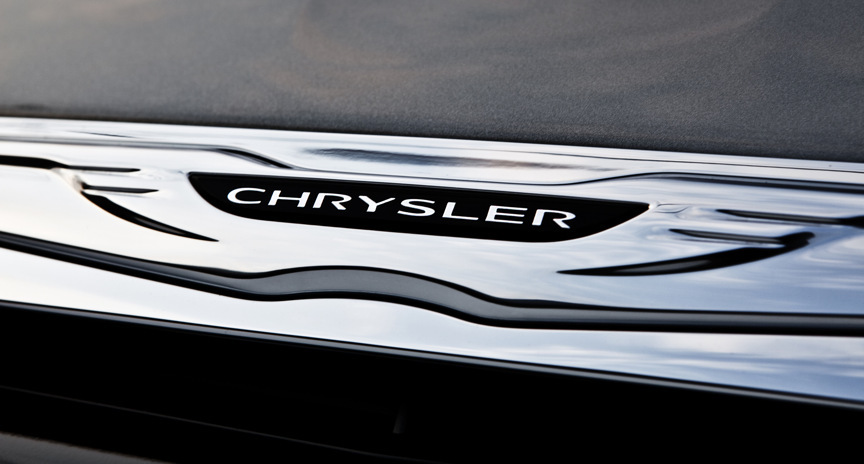 Chrysler Related Emblems Cartype