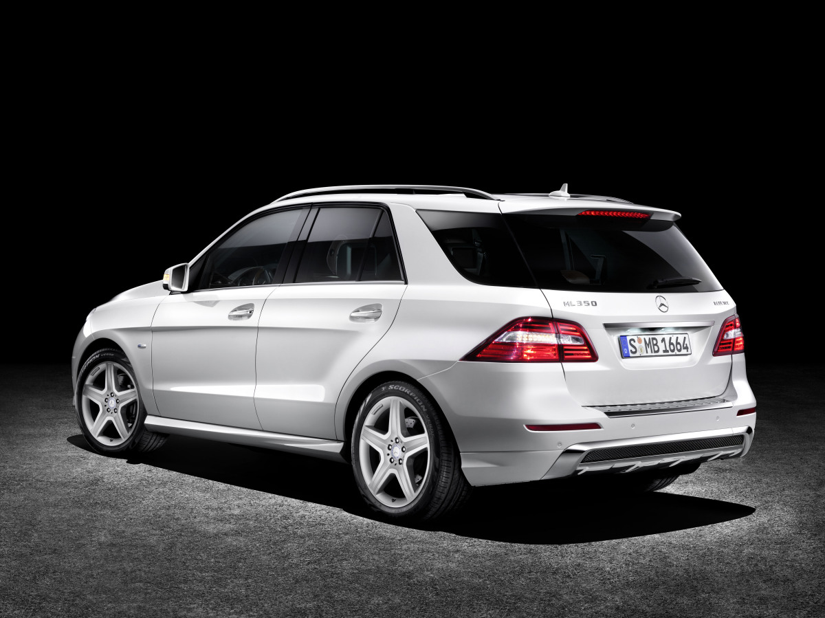 mercedes benz ml350 4matic 2012 cartype. Black Bedroom Furniture Sets. Home Design Ideas