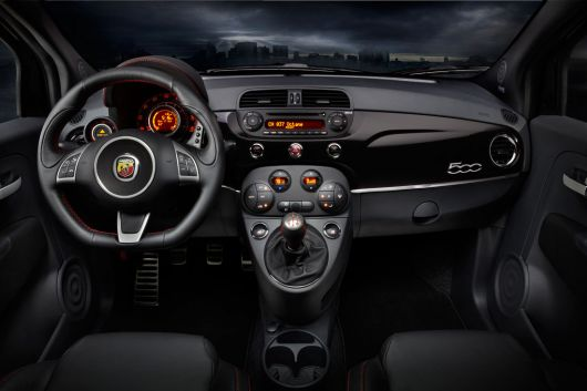 fiat 500 abarth in 12 01