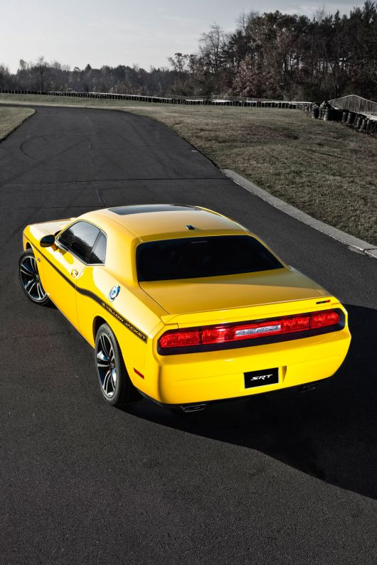 dodge challenger srt8 392 yellow jacket 12 04